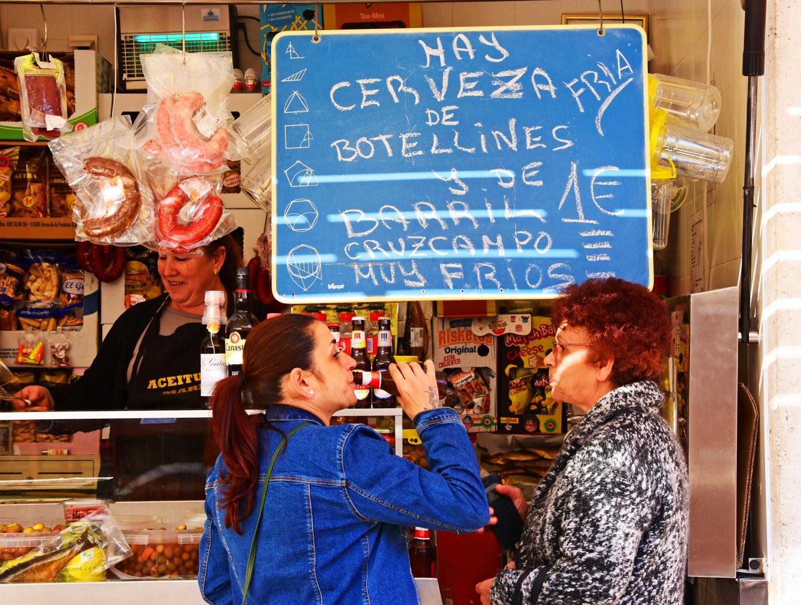 Öl, korv och oliver – vad kan en kvinna mer önska sig?