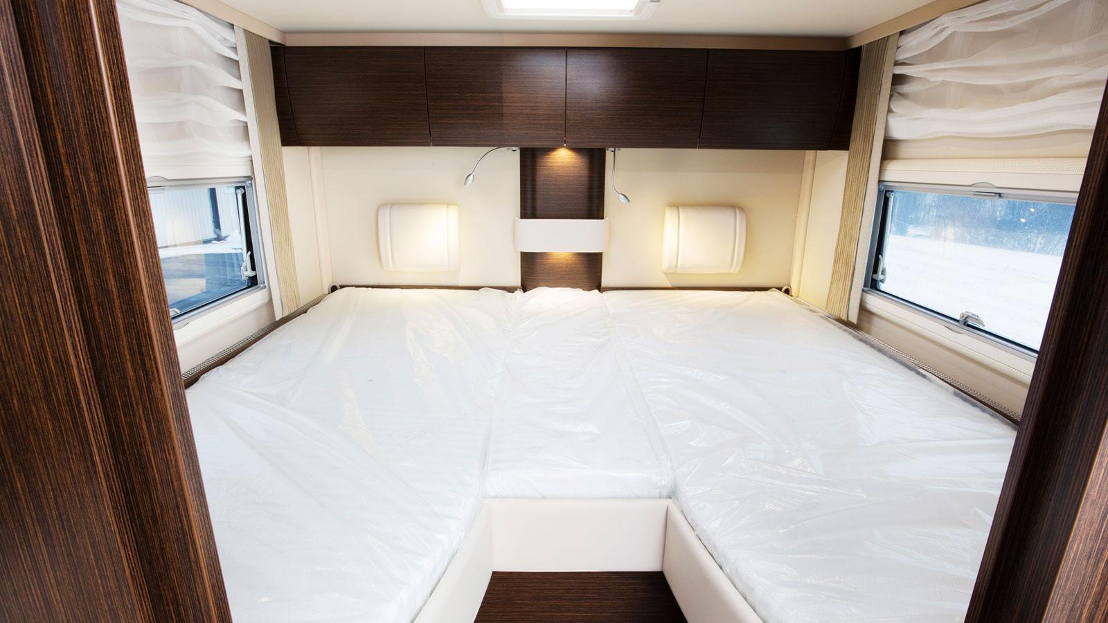 Här är det ganska finessfritt men man sover lika bra för det. Sängarna är mycket bekväma och ingen stege behövs.