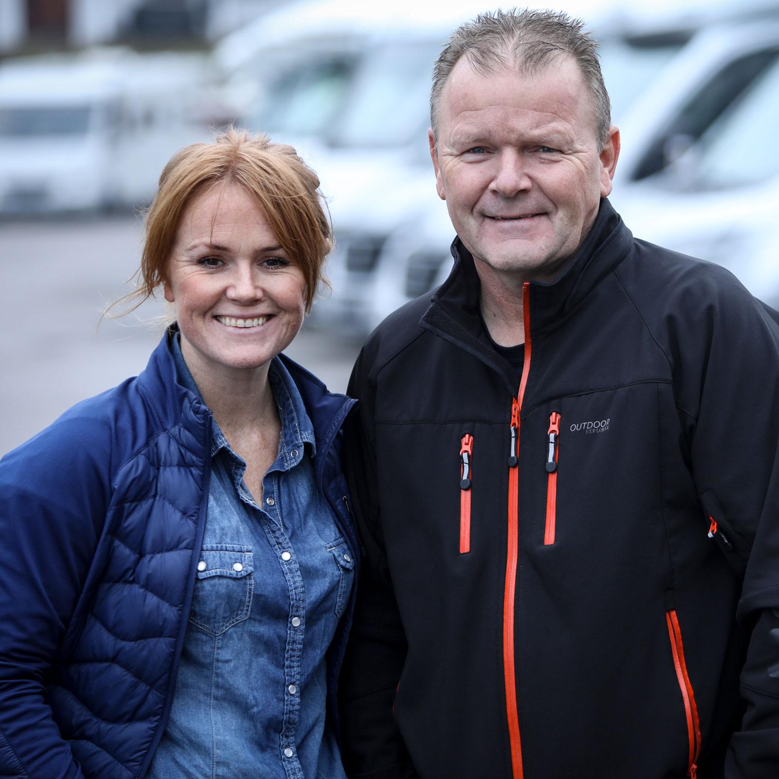 Far och dotter driver Backamo Husvagnscenter tillsammans.
