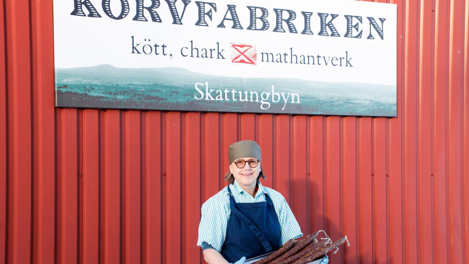 Nina Lindunger på Korvfabriken  i Skattungbyn.