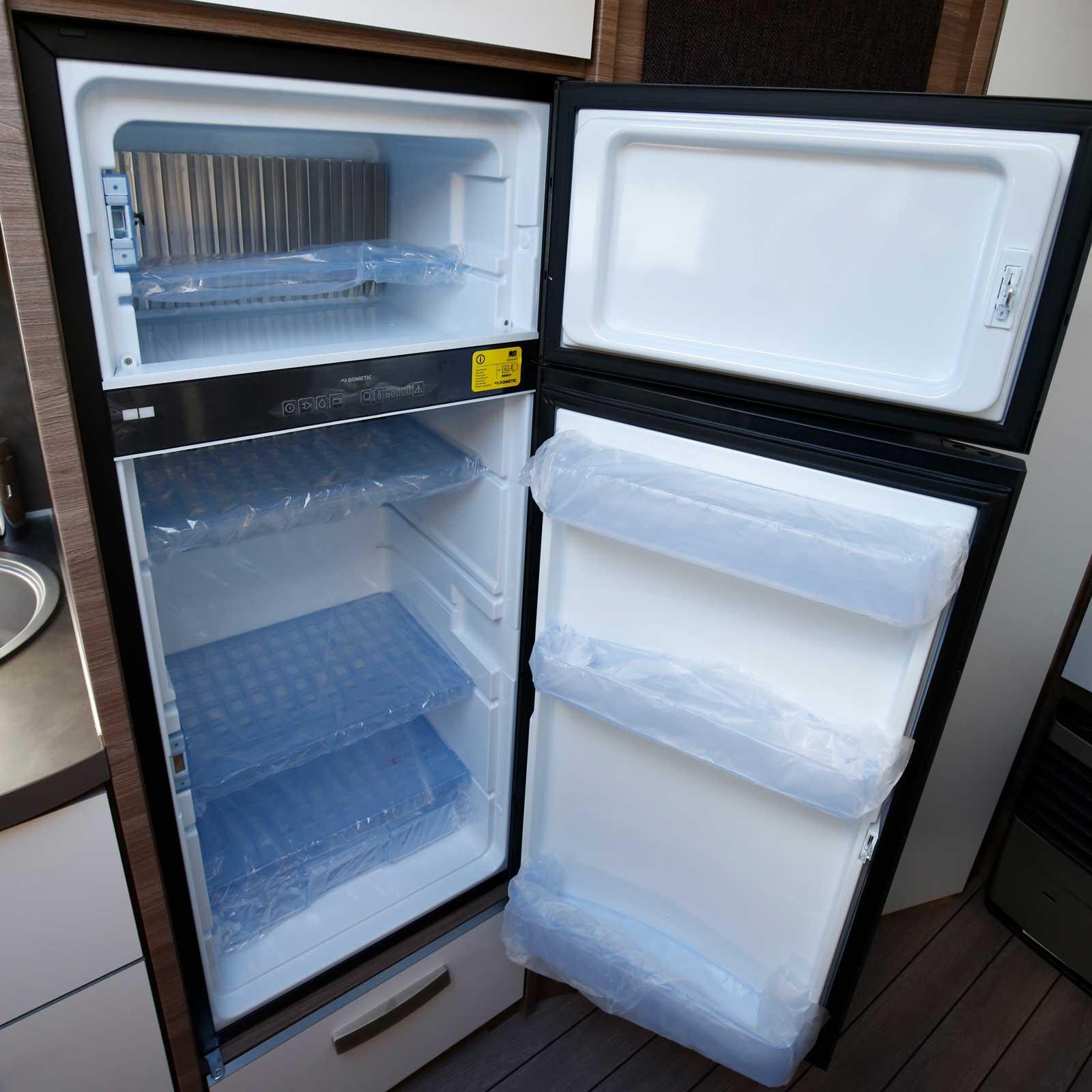 Stor kyl med separat frys är standard i Sport Silver Selection.