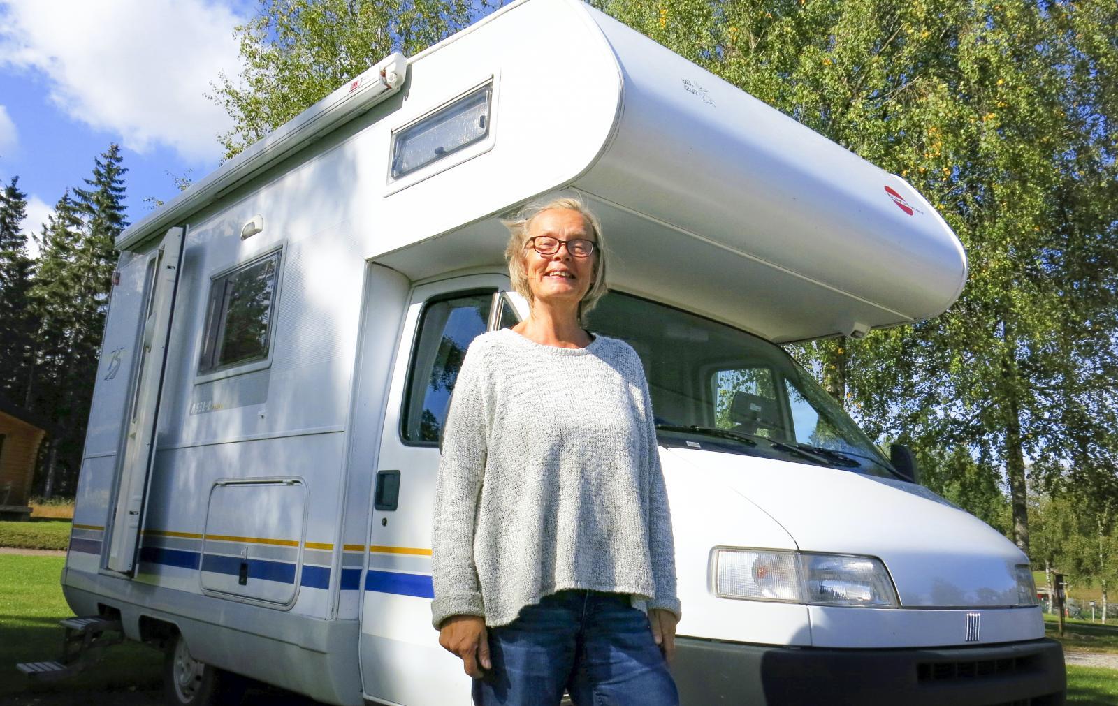 Lilla Fina är Annika Elgeskogs andra husbil. En kort modell med vattenburen värme, vilket var ett krav.