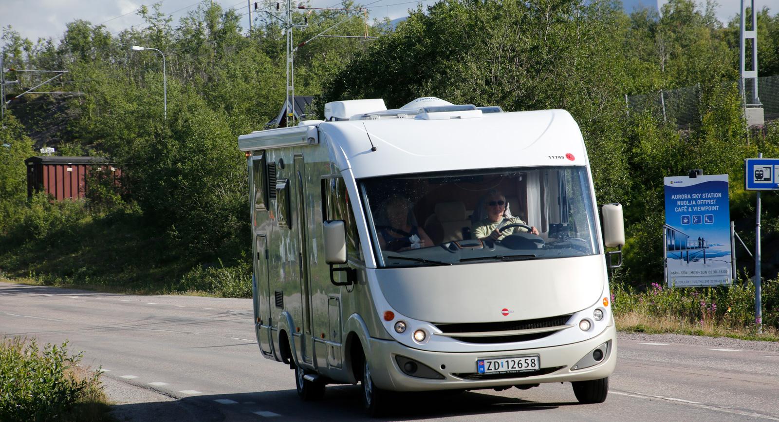 Många åker husbil till Kärkevagge.