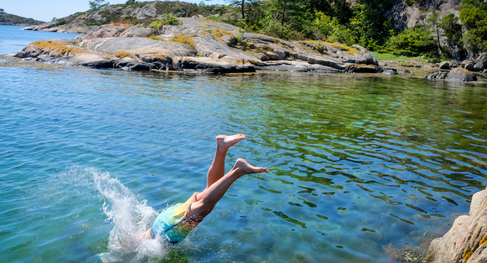 Inbjudande miljöer till bad. Men Atlanten är trots allt ganska kylig i juli, det ska erkännas...