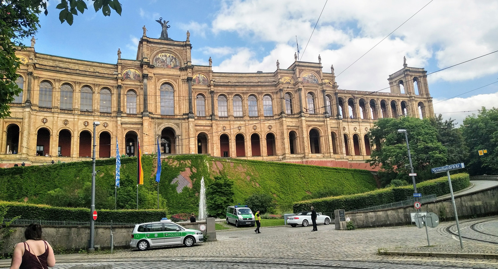 Maximilianeum där Bayerns parlament huserar.