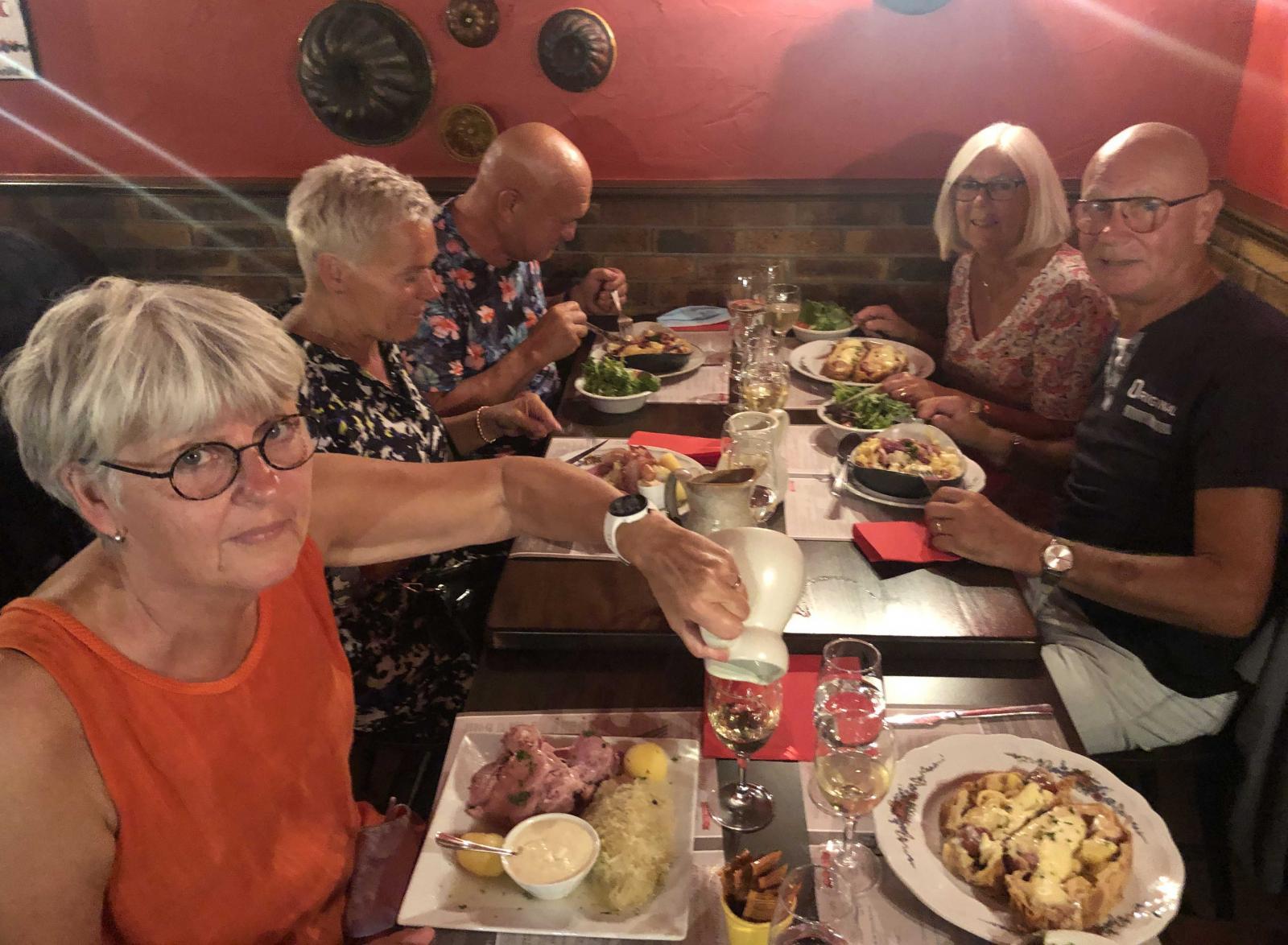 Klart vi måste pröva surkål när vi är i Alsace!