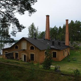 Oljeraffinaderiet på Oljeön, världens äldsta bevarade oljeraffinaderi visar upp intressant industrihistoria