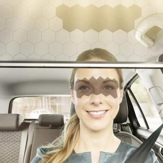 Ladda mobilen trådlöst i bilen