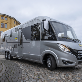 Treaxlad Hymer B-Class Masterline 880