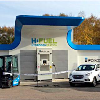 Mercedes-Benz lastbilar går helt in för eldrift