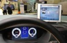 Hymer har själva tagit fram den heldigitala instrumenteringen som kan lämna mycket mer information till föraren. LCD-panelen är multimedia och backkamera.