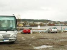 Centralt belägen vid hamnbassängen.