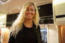 Interiören var av modernt snitt och Husbil & Husvagns campingkock Karin Andersson gav köket väl godkänt.