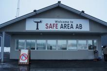Sveriges första Safeparking. Ligger i Värnamo och här kan man stå för 120 kronor natten. Bakom lås och bom.