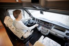 Fina köregenskaper och bra förarmiljö i Renault Master.