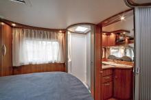 Duschen är kompakt men funktionell enligt testpiloten Christer Lundin.