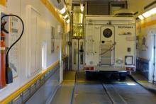 In i tunnel - eller snarare ombord på tåget