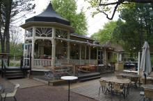 Restaurang Frestelsen i Stadsparken serverar god mat...