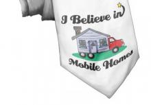 Den färggladare versionen visar en husbil som platsar i vår humoravdelning.