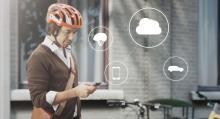 En app till mobiltelefonen ska via Volvos molntjänst skicka signaler till bilarna i närheten.
