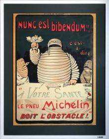 """""""Nunc est Bibendum"""" är latin för """"tid att dricka"""" och användes för att attrahera den målgrupp som då hade råd att äga egen bil - överklassen som rökte cigarr och hade monokel."""