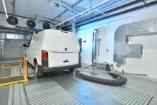 Testcentret ligger i Hannover där även Volkswagens transportbilars huvudkontor ligger.