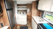 I 650 CTV finns fransk säng och toa längst bak i vagnen.