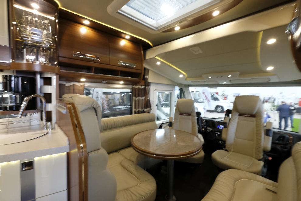 Bildspel: Carthago chic s-plus I 61 XL LE och Van Premium