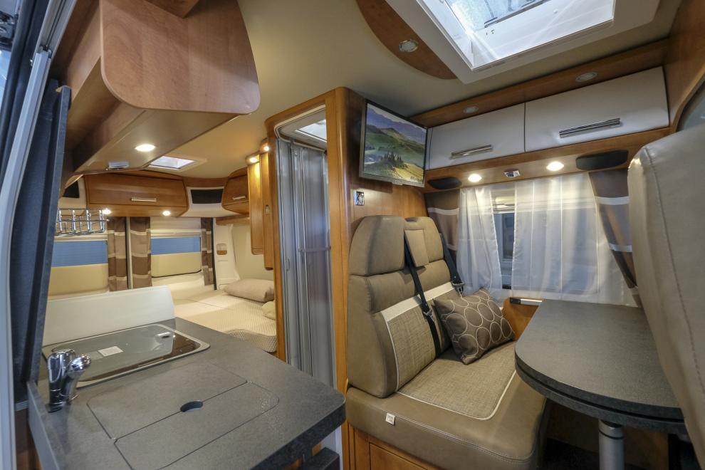 Carthagos Premium VAN 600 LE