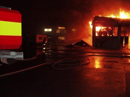 Storbrand i husvagnsverkstad i Kristinehamn