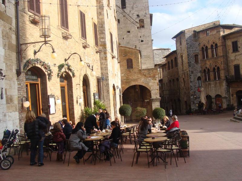 8 januari Vackert vårväder i San Gimignano