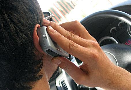 Mobilpratare bötfälls i Danmark