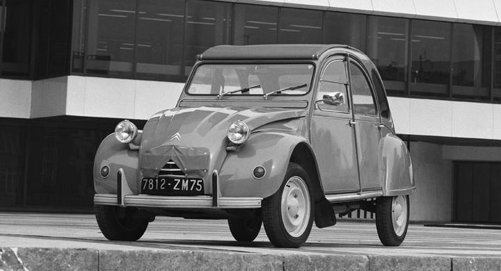 Paris kan förbjuda gamla bilar