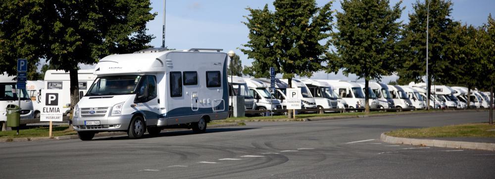 Husbil – och husvagnsbranschen är positiva