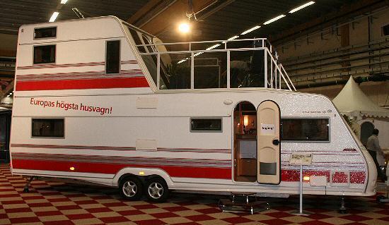 Europas högsta husvagn till salu