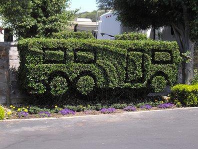 Udda trädgårdsdekoration