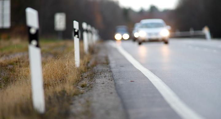 Bilisterna beter sig inte annorlunda även om stolparna står glesare, enligt en färsk studie.