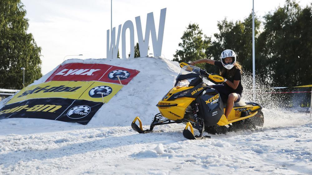 Motor och snö