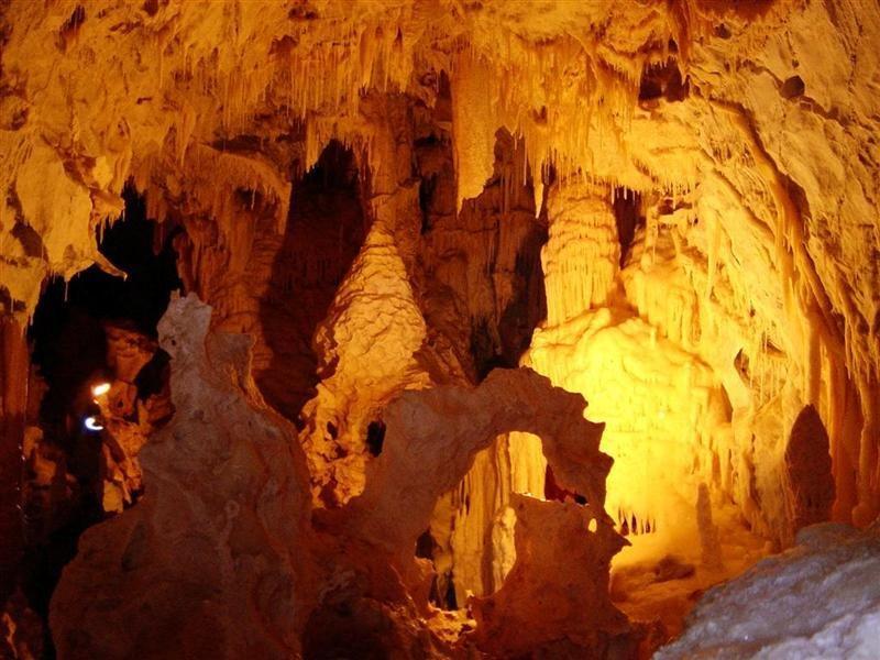 Restips: Grottorna i Dyros