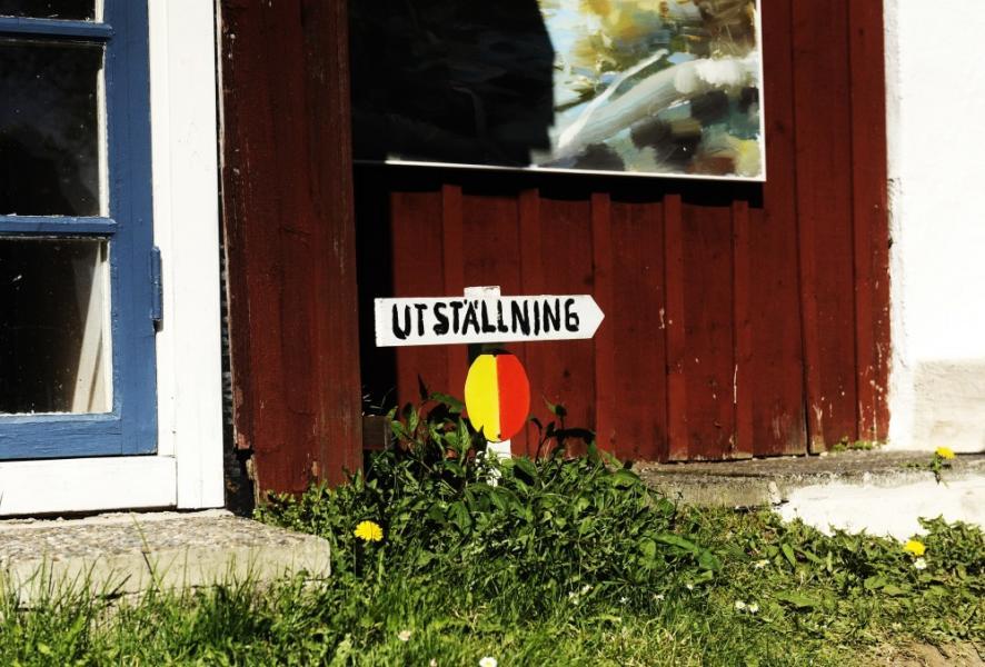 Gula och röda symboler visar vägen till Skånes konstrundor