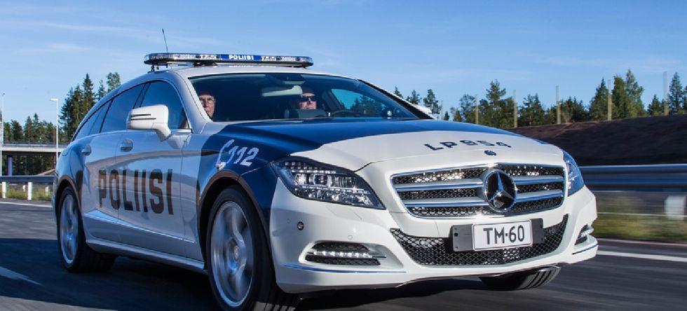 Polisen i Finland har råd med snabba bilar