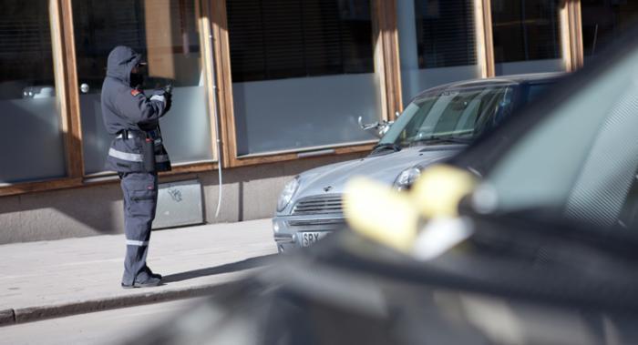 P-vakter skulle spana efter bilmålvakter men fastnar i telefonköer.