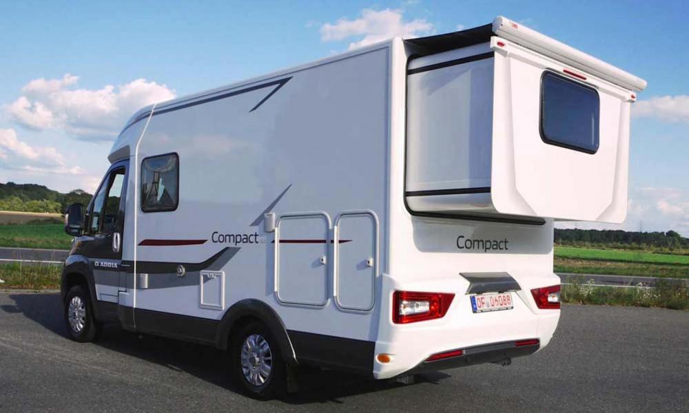 Pris till Adria Compact SLS