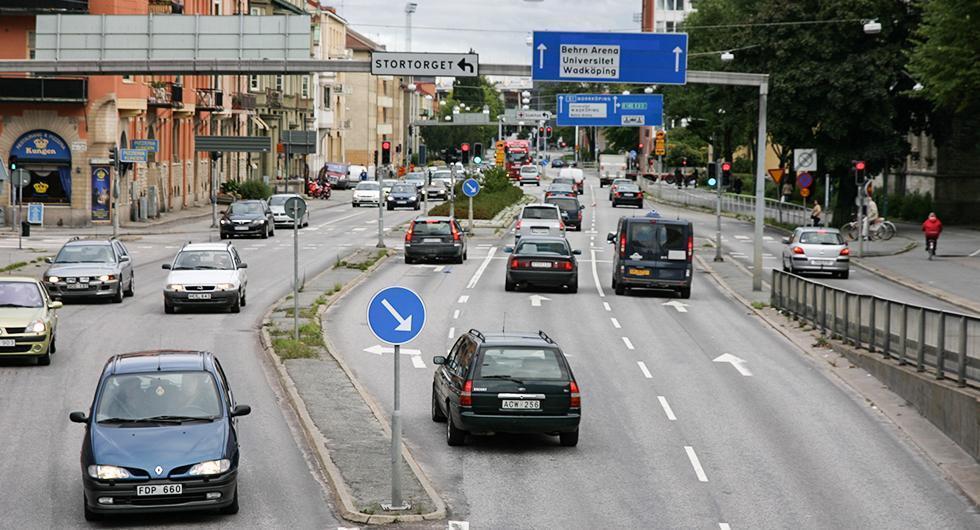Sex av tio bilar kan förbjudas i Stockholm