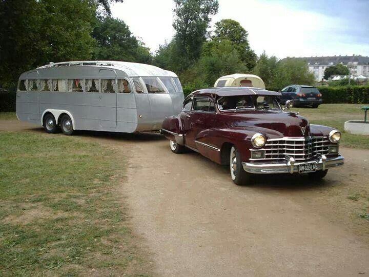 Husvagn med många fönster