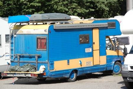 Idag ska husbilen vara blå och gul