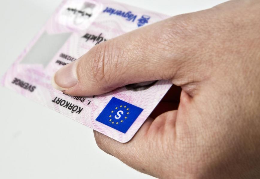 Transportstyrelsen föreslår färre körkortsavgifter