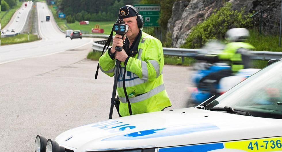 Nästa vecka kommer polisen att genomföra extra många hastighetskontroller på svenska vägar.
