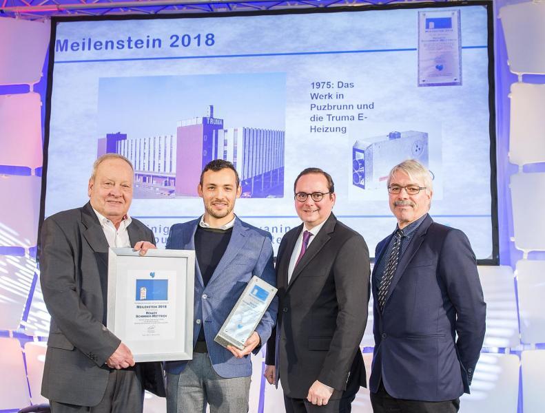 Från vänster till höger: CTJ-medlemmen Hans-Jürgen Hess, Trumas direktör Alexander Wottrich, Essens borgmästare Thomas Kufen och CTJ-ordförande Raymond Eckl vid prisutdelningen.