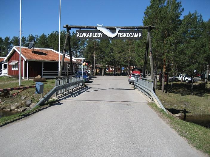 Kommun och camping i luven på varandra